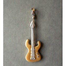 Złota gitara basowa